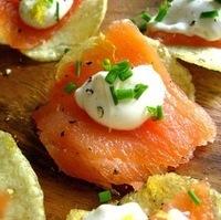 Good Ideas: Smoked Salmon on Potato Chips w/ Creme Fraiche