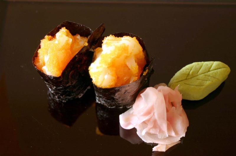 Ika & Tobiko (Squid & flying fish eggs)