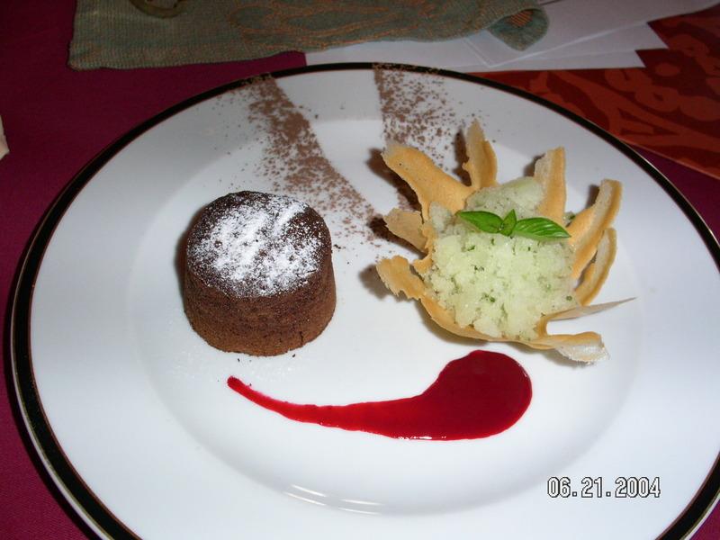 HOT CHOCOLATE MELT PINE APPLE GRANITA