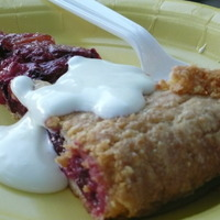 Tuesday Night At The Sonoma Farmers' Market And A Santa Rosa Plum Crostata