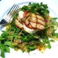 Grilled Peach & Mozzarella Salad
