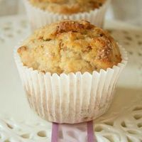 Low-fat banana walnut muffins - the Muffins of Good