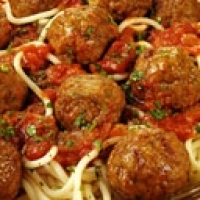 Authentic Italian Spaghetti Sauce with meatballs