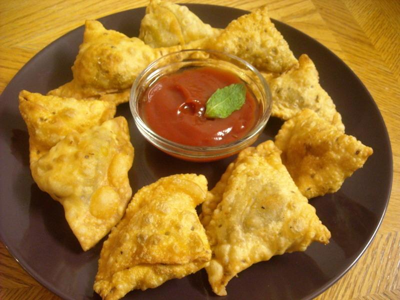 Crispy Vegetable Samosa!!! Recipe by Manju - CookEatShare