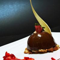 Mousse al Cioccolato Fondente con Geleè alle Fragole