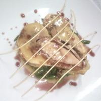 anatra ripiena con filetto di maiale pistacchi tritati e fagiolini in agro
