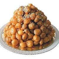 Struffoli (honey balls)