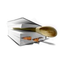 Теплый салат из запеченных лесных грибов, фризе и бекона