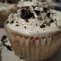 Oreo Cookie Chunk Cupcakes