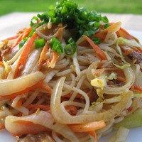 Stir fry vermicelli and dried clams