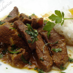 Beef with oranges and spices