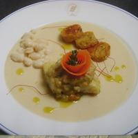 Filetto di baccalà su vellutata di fagioli tondino, castagne e crostini di pane di solina