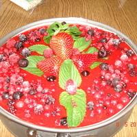 Cheesecake alle fragole e frutti di bosco