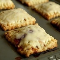 OMG: Homemade Pop Tarts