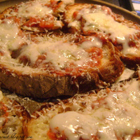 Italian Bread Pizza!!