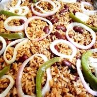 Red bean rice (Moro de habichuelas rojas)
