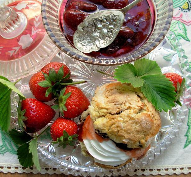 Traditional Devon Cream Tea Strawberry Jam - Strawberry Conserve ...