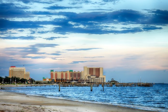 How to save money on a beach vacation in Biloxi, Mississippi