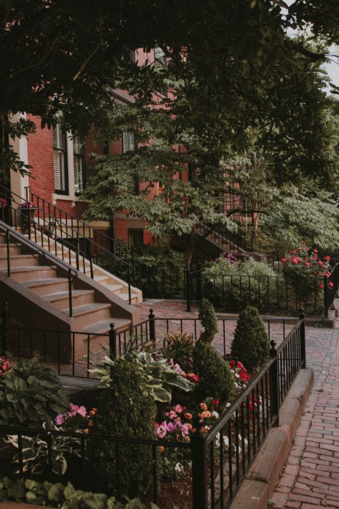 How to get a high rated B&B in Boston & pay a good price