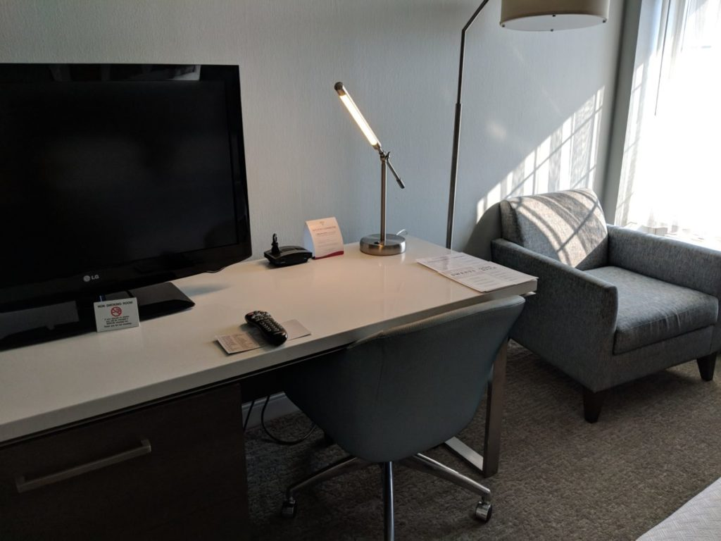 The rooms at Crowne Plaza Pittsburgh South have a great desk, TV, chair