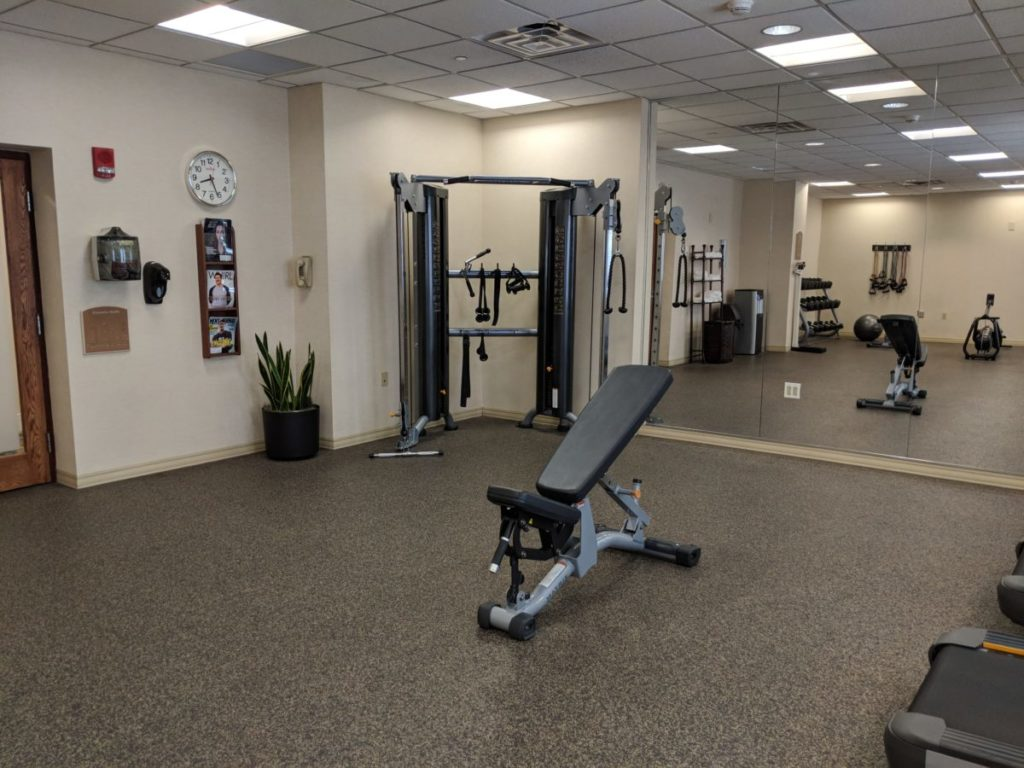 Stay fit & healthy at the fitness center at Pittsburgh Bethel Park area hotel Crowne Plaza