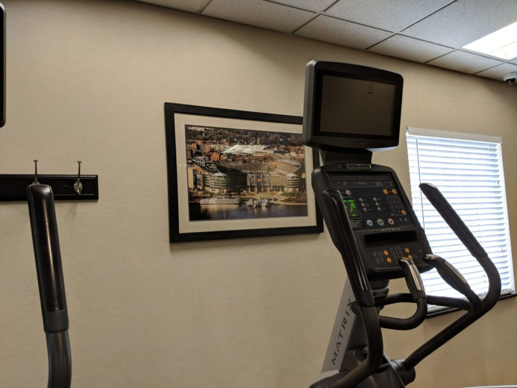 See pictures of Pittsburgh sports team while you excercise at Crowne Plaza Pittsburgh South's hotel room