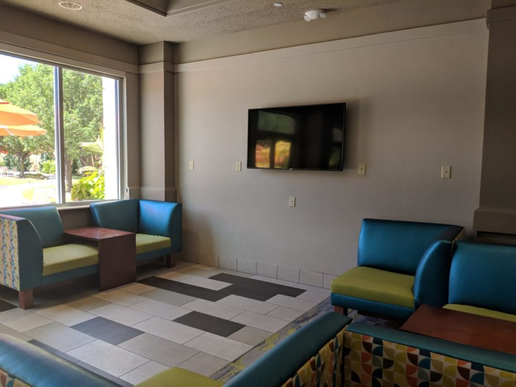 My family loved the inviting atmosphere of the lobby at Cedar Point Express Hotel