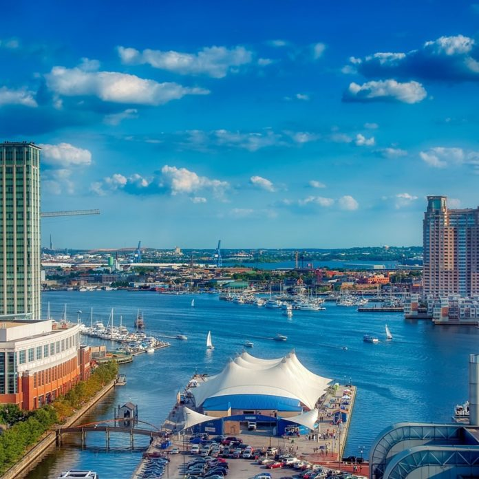 How to get a good price on a highly reviewed bed & breakfast in Baltimore Maryland