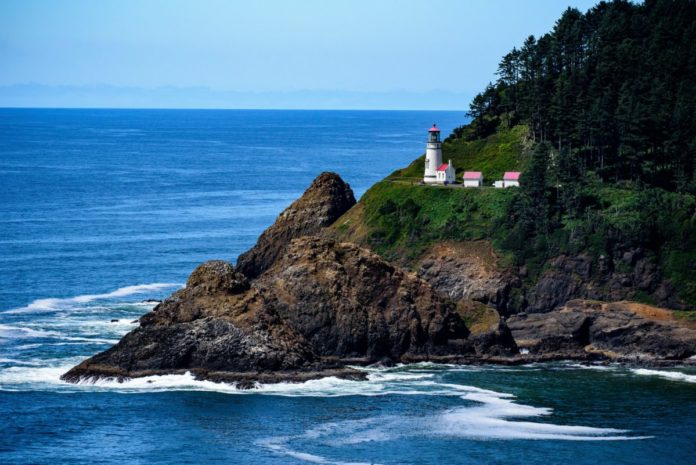Where to stay in Heceta Beach Oregon & how to save money there