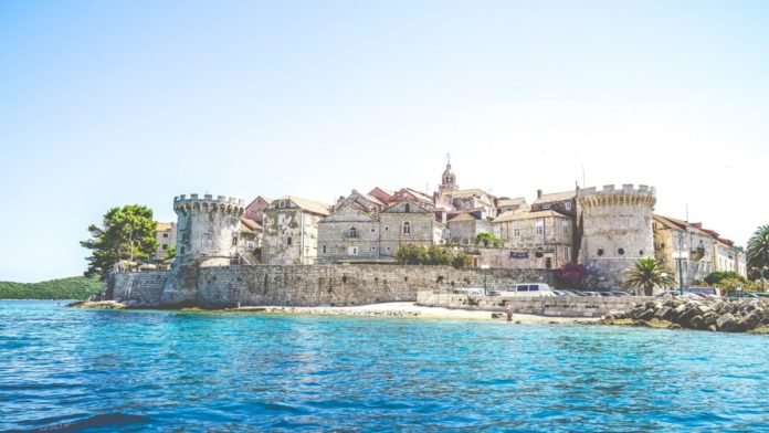 Find out what the best hotels are on Korčula Island & how to get a good deal there