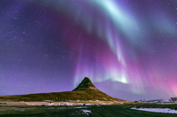 How to see the Northern Lights in Iceland for free