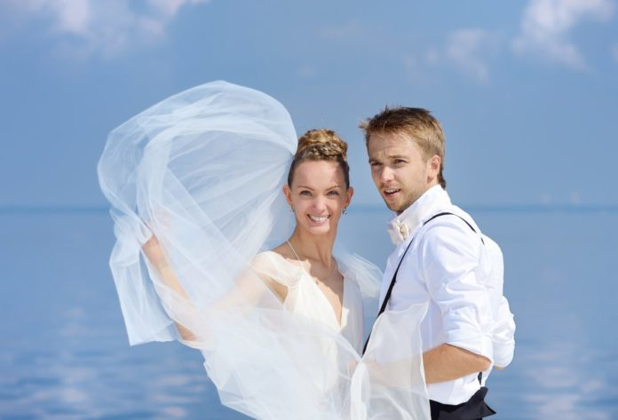 Find out how to renew your vows at sea in the Caribbean at a reasonable price on Valentine's Day