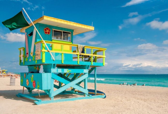 How to save up to 40% and get free meals in South Beach & Miami, Florida