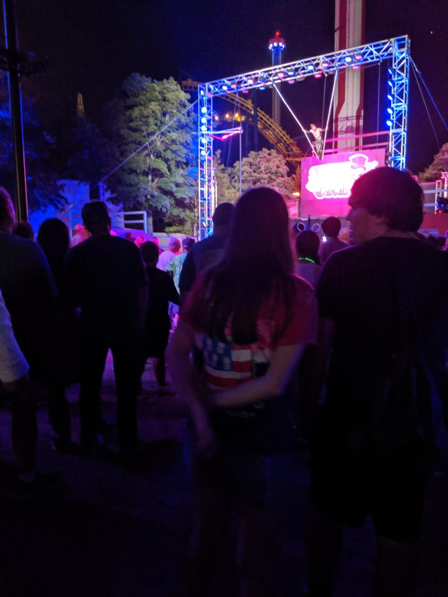 SCarowinds has great scary shows with cirque-style acrobatics, dancing, musical performances & more