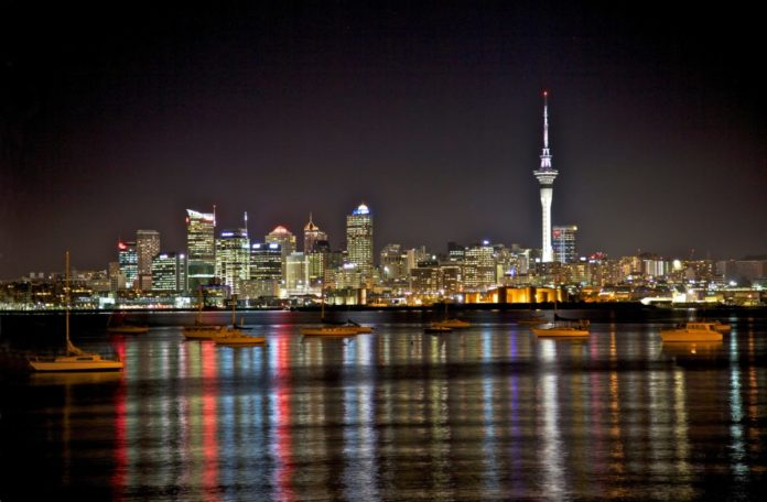 Save money on vacation packages book flight from LA to Auckland with hotel