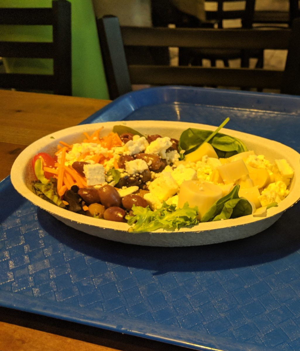 Enjoy the Amazon Salad at Waterway Grill at SeaWorld Orlando theme park