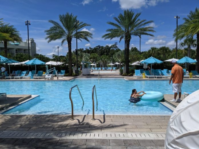 A picture of the pool & splash area at Hilton Orlando Buena Vista Palace Disney Springs
