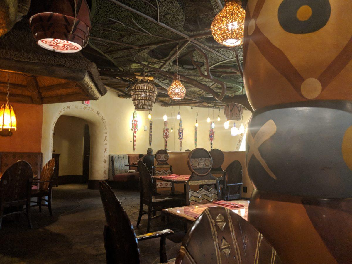 Enjoy a quick breakfast at a beautiful restaurant, Sanaa, when you stay at Kidani Village at Disney's Animal Kingdom Lodge