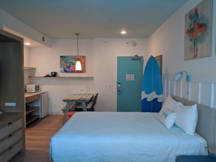 A virtual tour of Universal Endless Summer Resort Surfside Inn & Suites