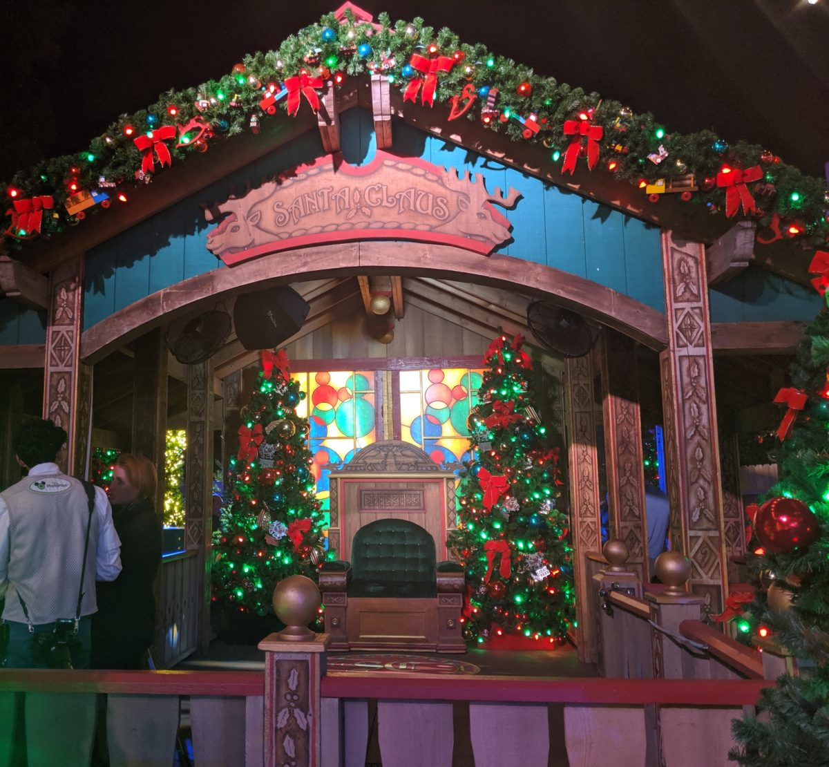 Disney Springs Christmas Tree Trail is a wonderful holiday experience for the whole family