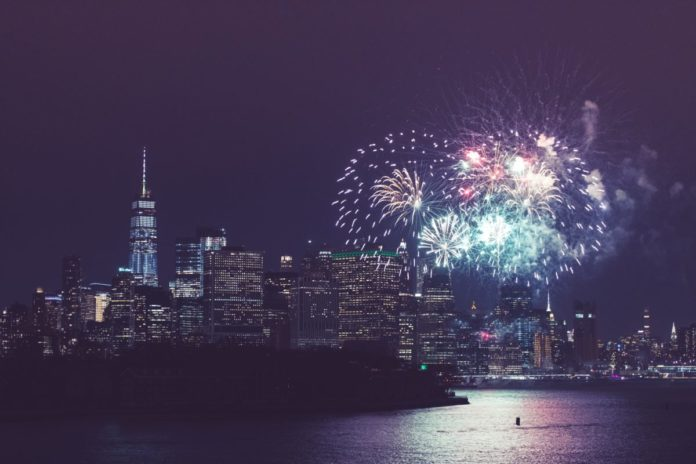 New York City New Year's Eve Fireworks Dinner Cruise