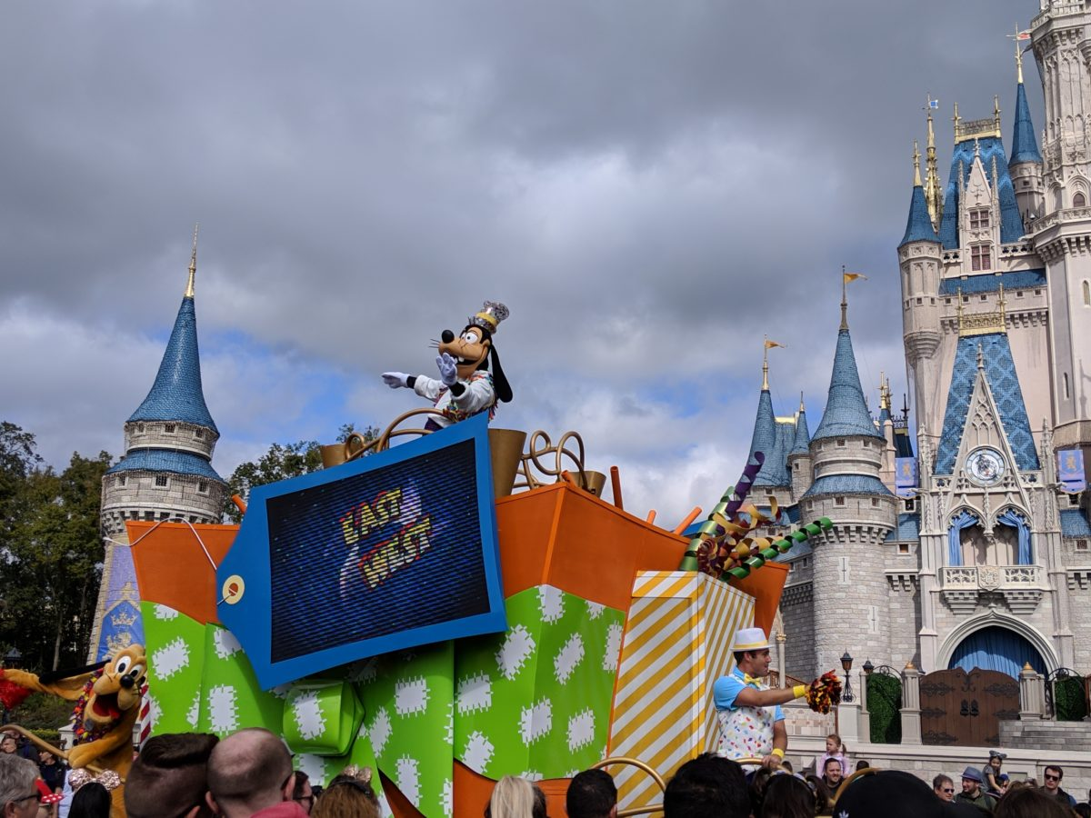 Get A Free Trip For 4 To Disney World  Green Vacation Deals