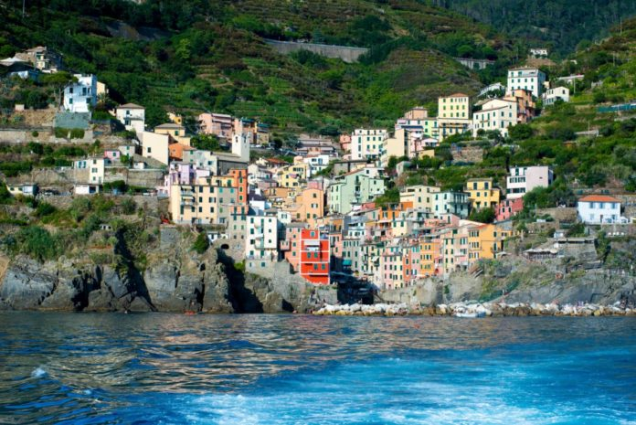 Find out what the best hotels in Riomaggiore Italy are & how to book them at the lowest available rates
