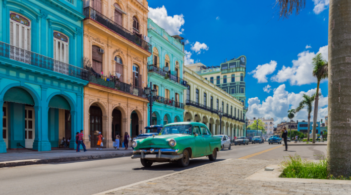 Explore Cuban culture in this 5 day guided Cuba & Havana tour