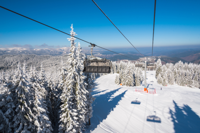 Where to stay in Pamporovo, Bulgaria for a ski & snowboarding holiday