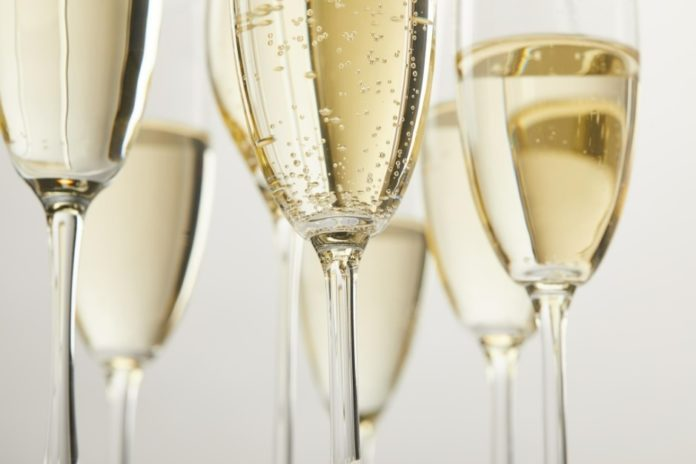 Discount ticket to Champagne & Wine Festival in Chicago, Illinois