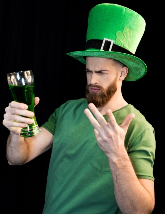 Enjoy St. Patrick's drink specials & green beer in Twin Cities at St. Patty's Day pub crawl