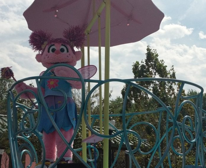 Get free hotel stays, tickets to Sesame Place for kids with vacation packages