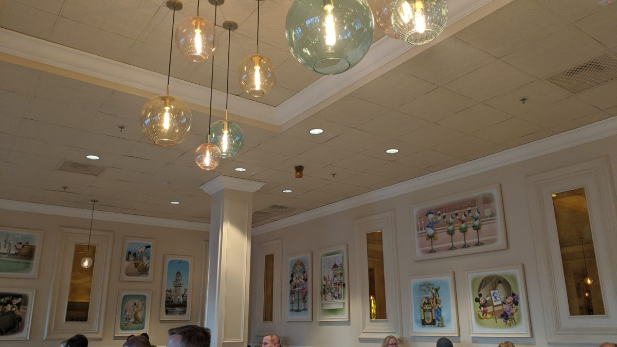 Disney's Beaches & Cream at Beach Club has great pictures of Mickey, Minnie, Pluto, Donald, etc.