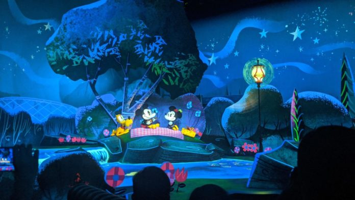 I didn't love Mickey & Minnie's Runaway Railway at Walt Disney World. Here's why